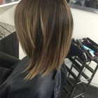 Trendy medium length haircuts for 2020