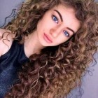 Curly hair designs