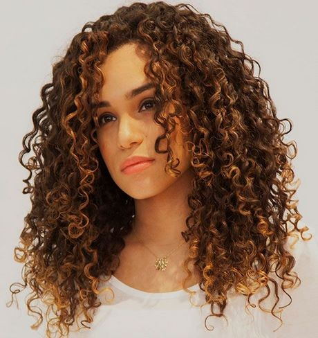 Different hair cutting styles for curly hair