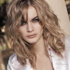 Haircuts for naturally wavy hair