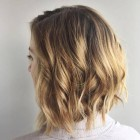 Haircuts for women with medium hair