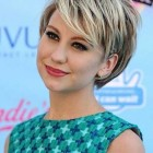 Short hairstyle for round face female