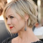 Short hairstyles for ladies with fat faces