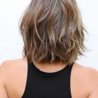 Short shoulder length hair