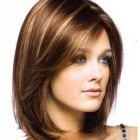 Shoulder cut hairstyle