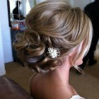 Bridal hair pin ups styles