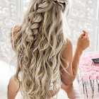 Long hair curls for prom