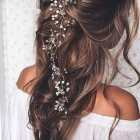 Prom hair with flowers