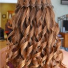 Fast and simple hairstyles
