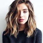 Hair styles for medium to short hair