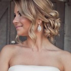 Popular wedding hair