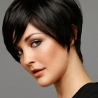 Short hair cut for ladies