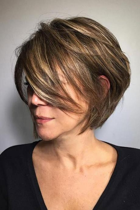 Short haircuts styles for ladies