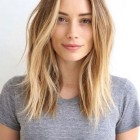 Medium hairstyles for women 2018