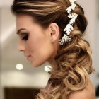 Hairstyles for weddings 2019