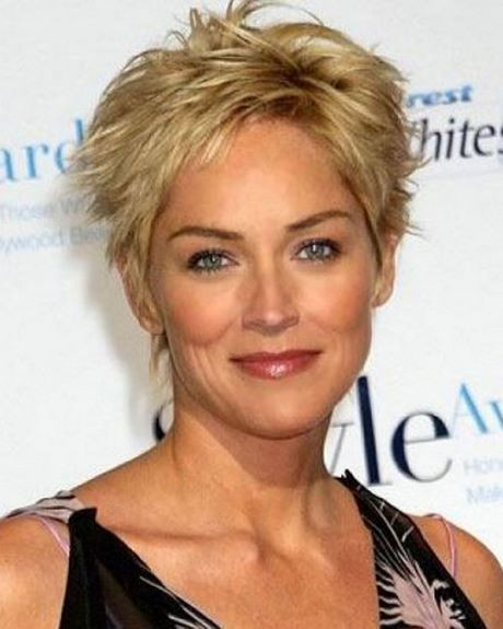 Short hairstyles for women over 50 2019