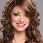 Hairstyles for shoulder length curly hair