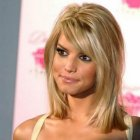 Hairstyles for women with long faces