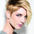 Style of short hair