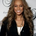 Wavy hairstyles for black women
