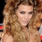 Nice hairstyles for curly hair
