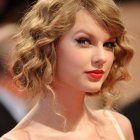 Prom hairstyles for short curly hair