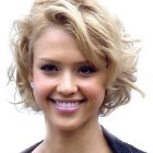 Short hairstyles for women curly
