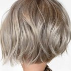Short bobbed hairstyles 2019