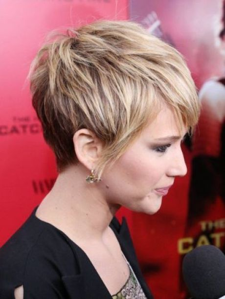 2021 short hairstyles for ladies