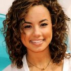 Hairstyle for curly hair with round face