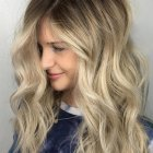 Hairstyle for middle hair