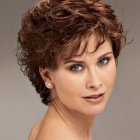 Short hairstyles for ladies with curly hair