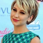 Short layered hairstyles for women with round faces