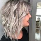 Ways to style shoulder length layered hair