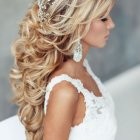 Nice hairstyles for a wedding
